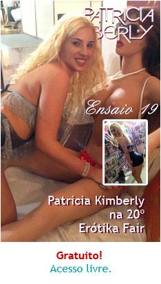 Patricia Kimberly em visita a Erótika Fair 2013